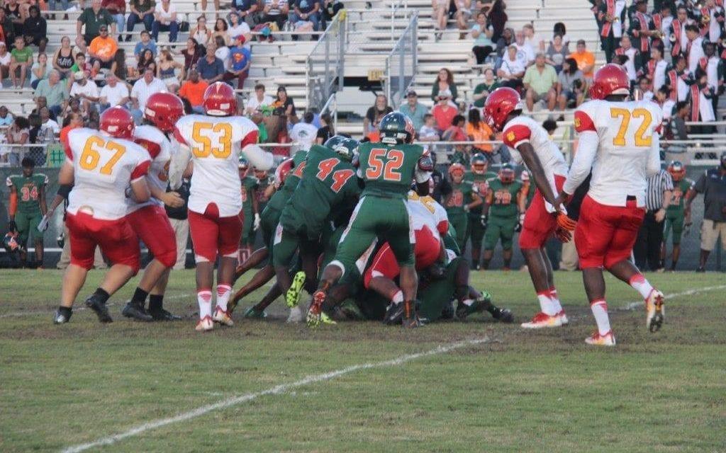 McArthur Mustangs defeat South Broward Bulldogs 24-21 at homecoming