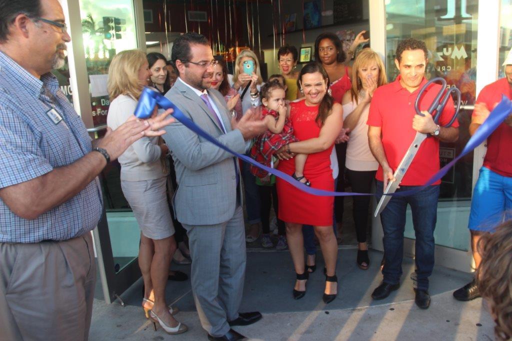 Muzart Creative Arts Studios hosts ribbon cutting Downtown Hollywood