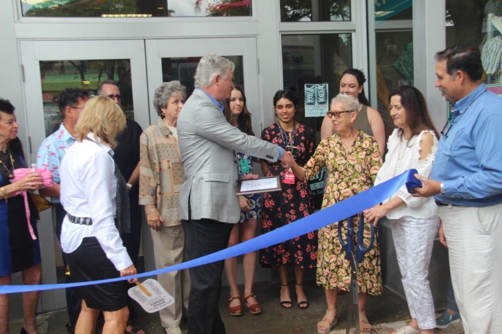 IMG_3949 Buffalo Exchange celebrates grand opening