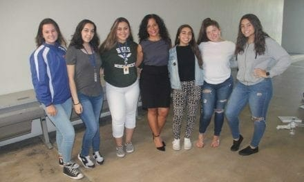 Hollywood Hills High School Student Government Association Prepares Leaders