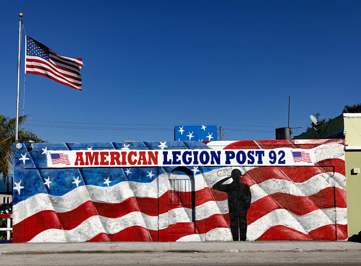 Navy Veteran Creates Patriotic Outdoor Mural on American Legion Hall